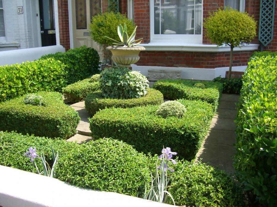 Ландшафтный дизайн перед домом 9