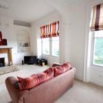 Фото 175: Красный диван с подушками