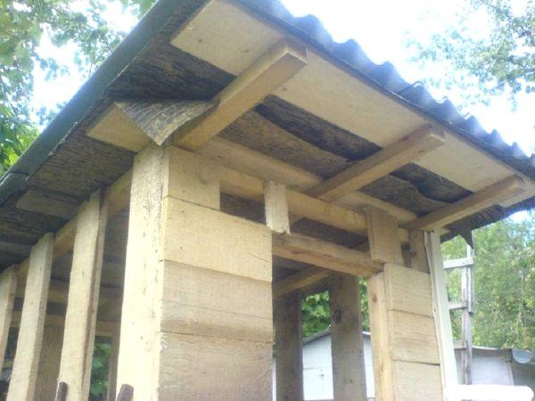 крыша дачного туалета