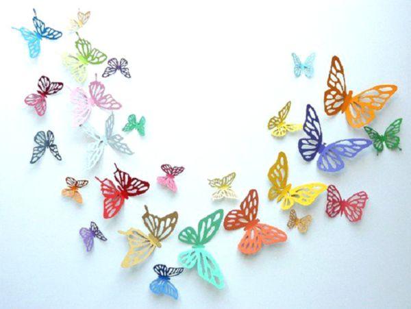 украшение стены бабочками