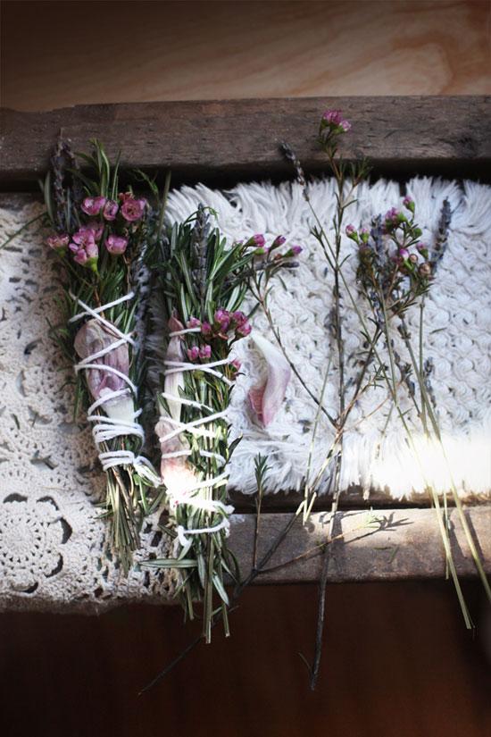 Букетики из сухоцветов для декора дачи