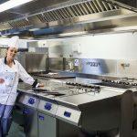 Фото 59: Профессиональная кухонная вытяжка