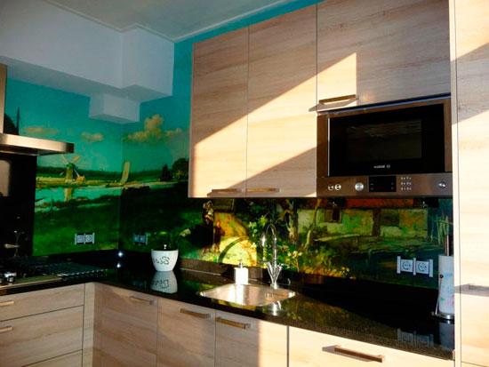 Гладкие фотообои для кухни