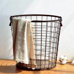 Фото 44: Корзина в виде металлической сетки