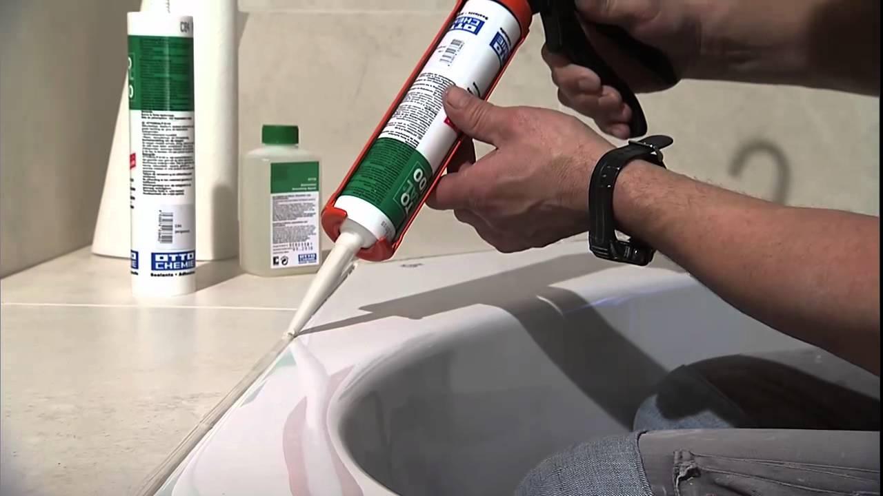 Заделка швов между ванной и плиткой силиконом