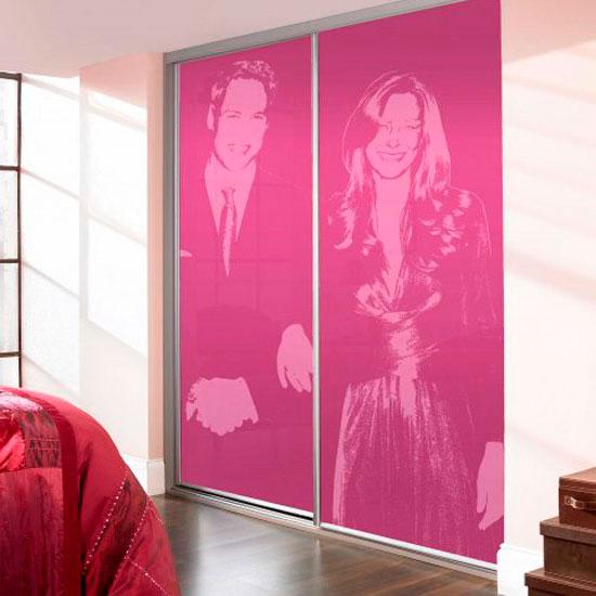 Декор раздвижных дверей для гардеробной при помощи УФ-печати