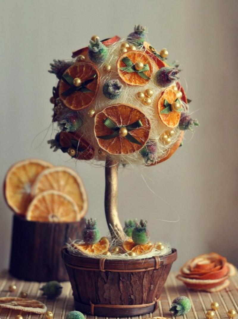 Топиарий с апельсиновыми дольками