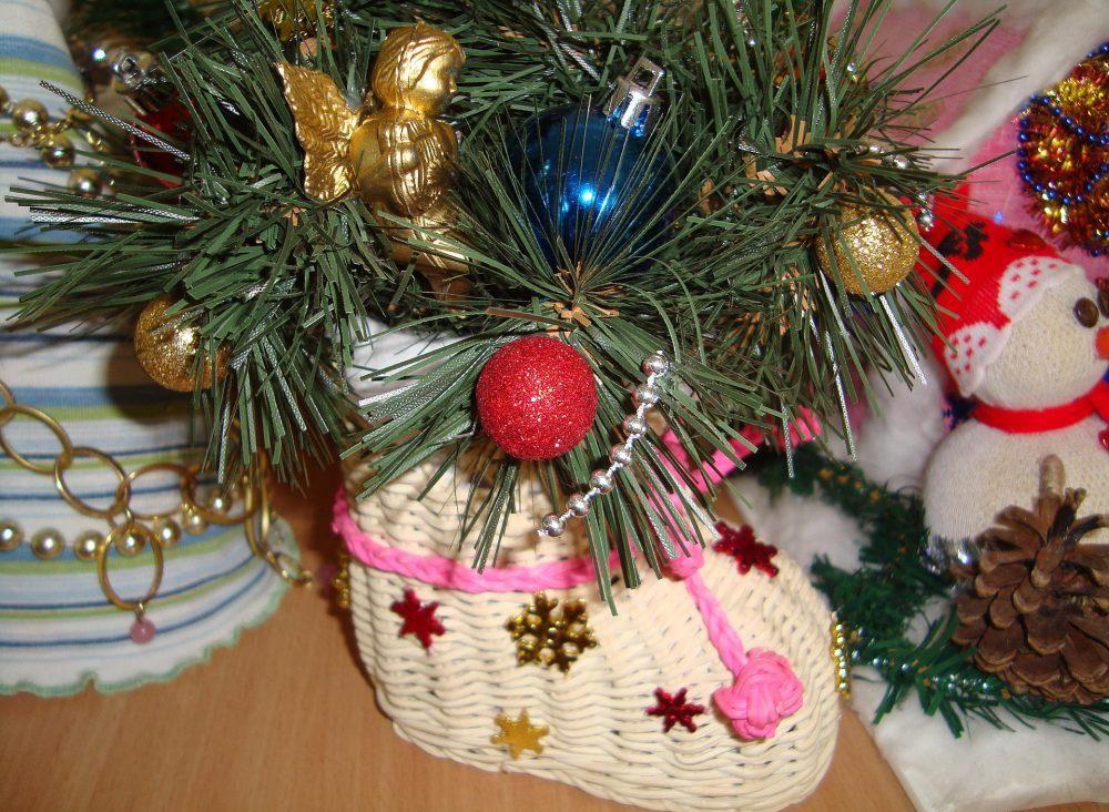 Новогодний декор горшка топиария