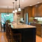 Фото 38: Барная стойка для кухни большая