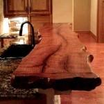 Фото 3: Барная стойка для кухни из ствола дерева