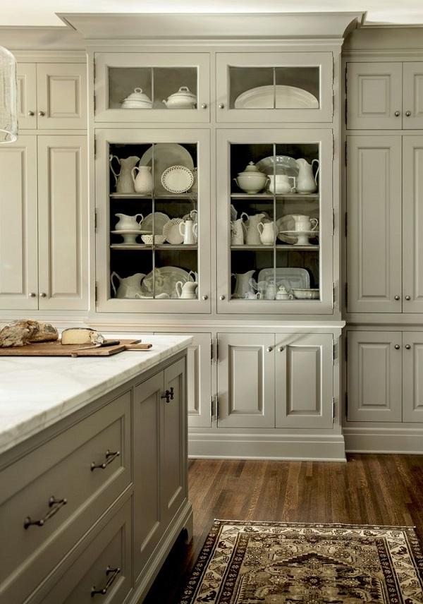 Классическая встроенная кухня