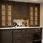 Фото 13: Темная встроенная кухня