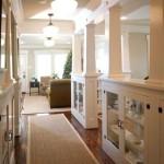 Фото 29: Колонны на встроенной кухне