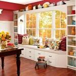 Фото 30: Красные стены на встроенной кухне