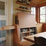 Фото 4: Необычная мебель встроенной кухни