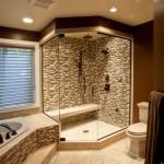 Фото 30: Светлый кафель для ванной комнаты