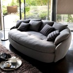 Фото 10: Тёмный диван