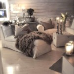 Фото 58: Шкура на мягком диване