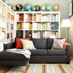 Фото 3: Угловой диван в ярком интерьере