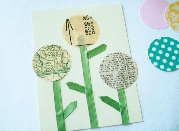 создание цветов из лент и кружков для открытки