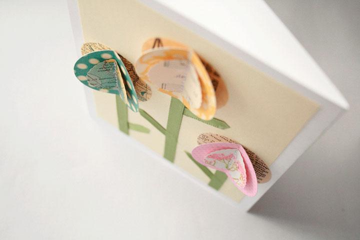 Пасхальная открытка с цветами