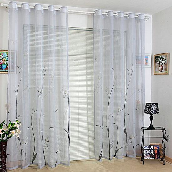 Гардины для комнаты с низким естественным освещением