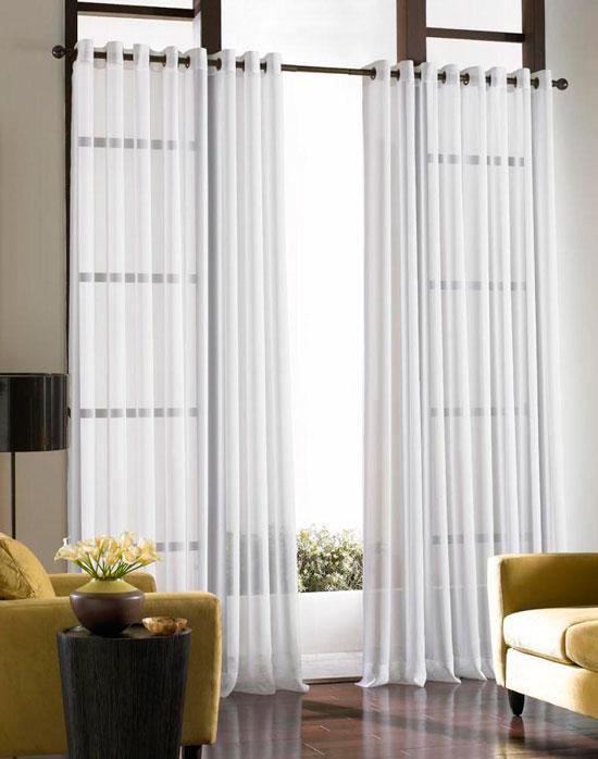 Белые прозрачные гардины для гостиной