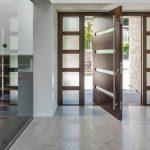 Фото 33: Поворотная входная дверь