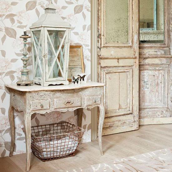 Старинная мебель для прихожей