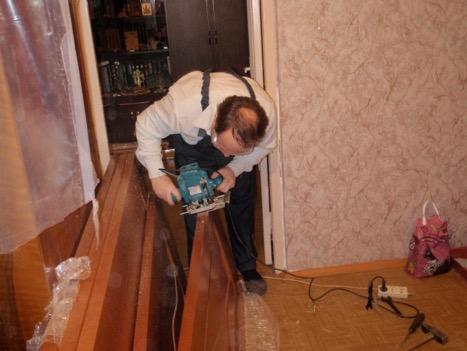 Процесс реставрации дверей