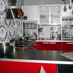 Фото 56: Черно-белые обои на кухне