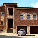 Фото 42: Сочетние клинкерной плитки и камня для фасада