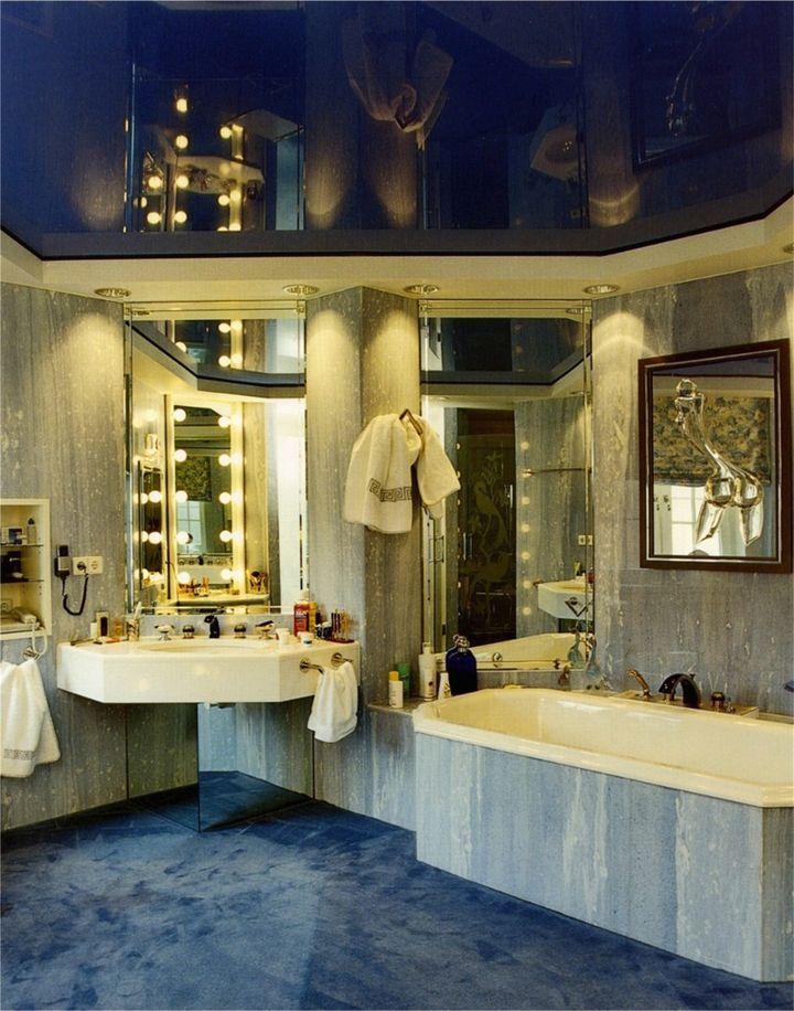 натяжные потолки в ванной 9