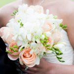 Фото 81: Букет из роз и фрезий