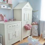 Фото 134: Комод и шкафчик в комнате для девочек