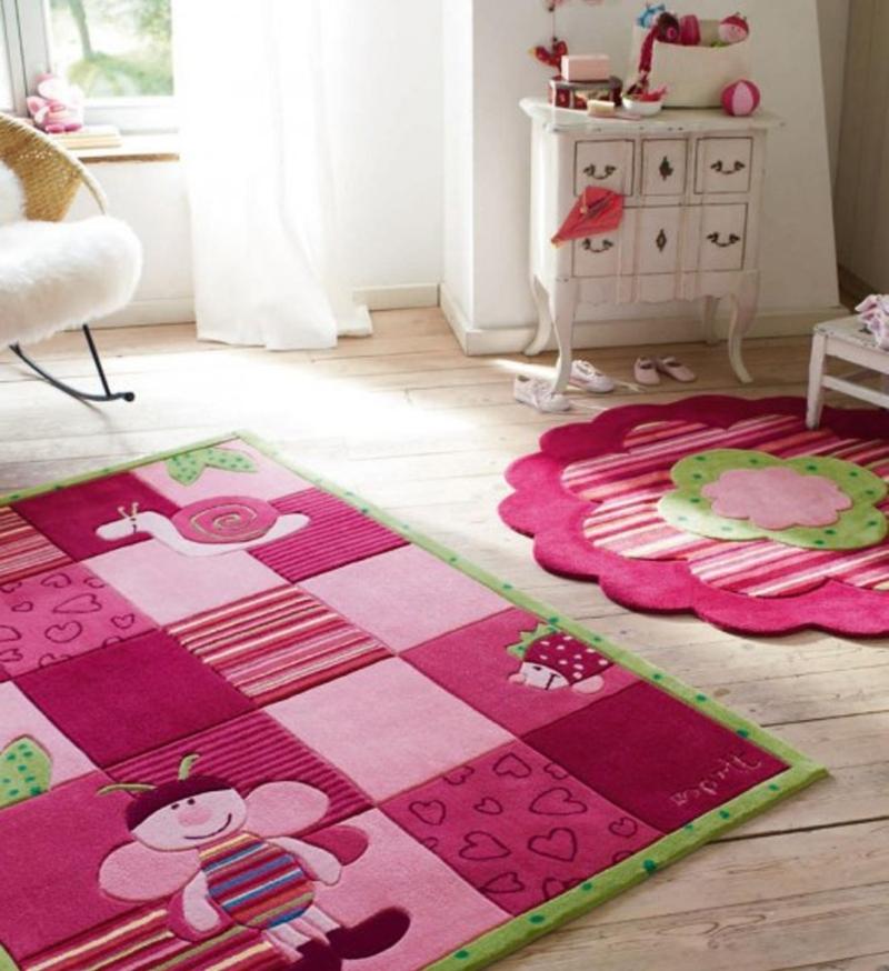 Деревянный пол детской комнате для девочек