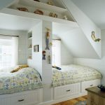 Фото 166: Разделение кроватей перегородок в комнате для двух девочек