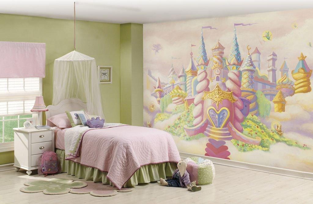 Роспись стены детской для девочек