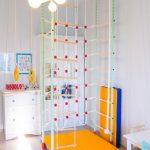 Фото 88: Спортивный уголок в детской комнате для девочек