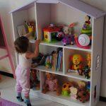 Фото 135: Стеллаж в комнате для девочек