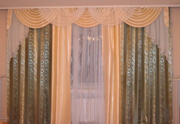 Шторы маркиза: оригинальное решение для спальни