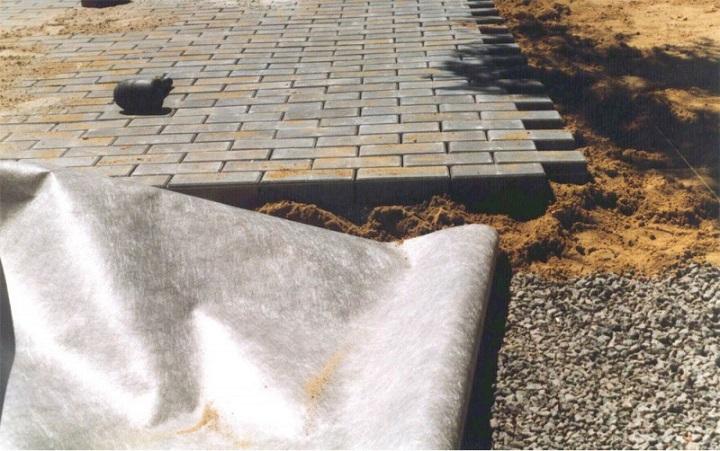Подготовка основания для самостоятельной укладки тротуарной плитки