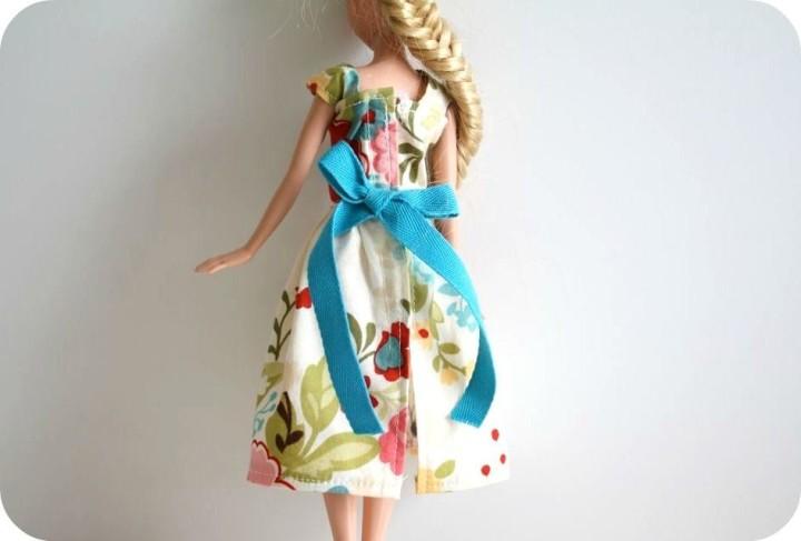 Как оформить платье для Барби?