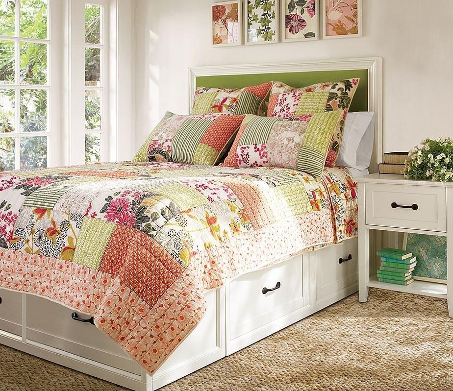 Одеяло пэчворк в интерьере в стиле винтаж