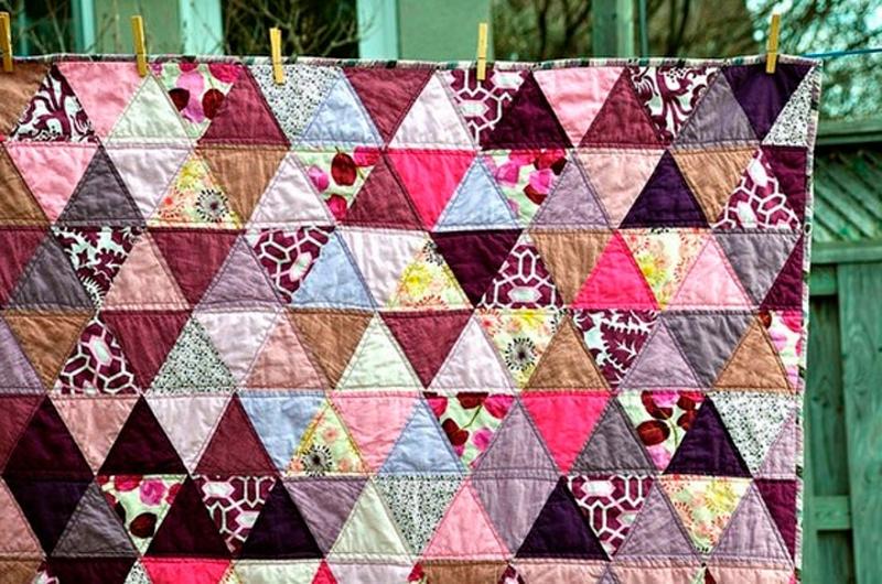 Одеяло пэчворк из лоскутов - треугольников