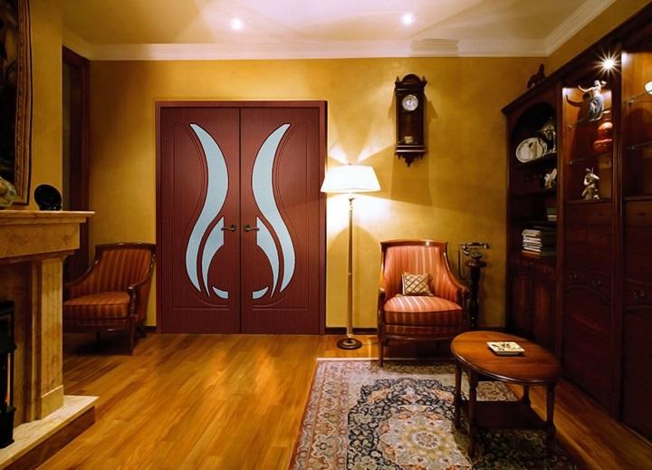 Межкомнатная двухстворчатая ПВХ дверь
