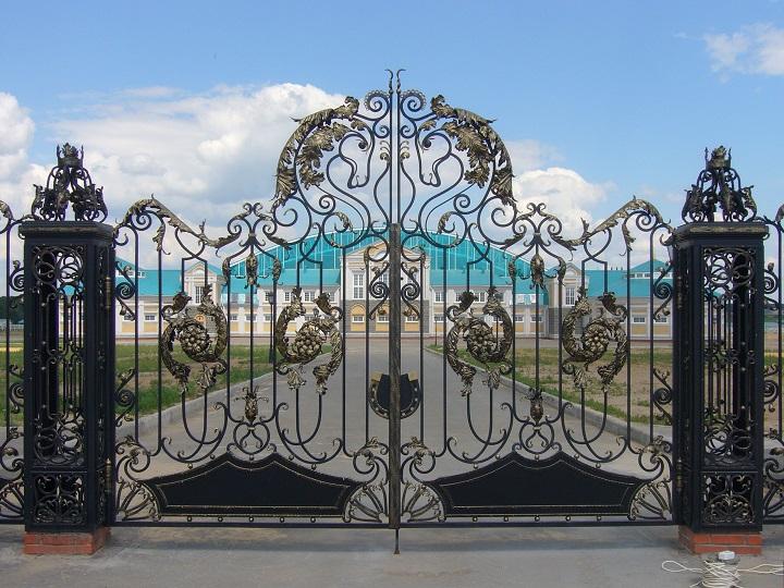 Эксклюзивные кованые ворота с максимальным бюджетом изготовления