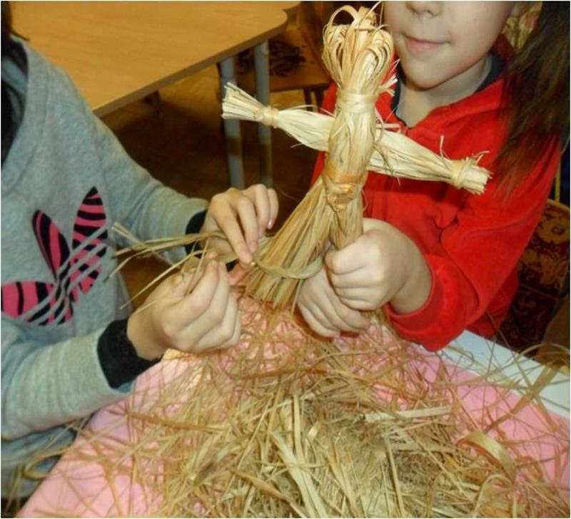 Изготовление куклы- мотанки с детьми