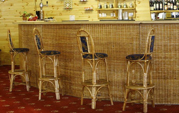 Плетеный барный стул