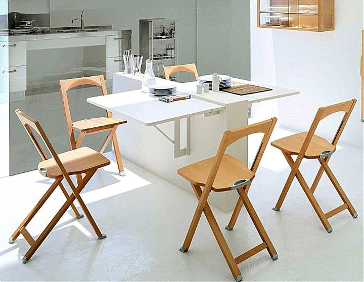 раскладной стол на маленькой кухне